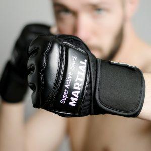 Gants de sac plus restant avec un look plus MMA